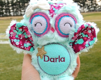 Personalized owl - Owl stuffed animal - Owl stuffie - Baby shower gift - Nursery decor - Baby toy - Birth announcement - Whimsy toy