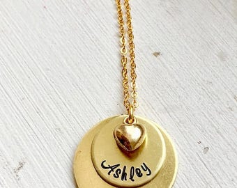 Personalized gold Layered Disc names heart charm Gold Necklace/ mom/ couple/girlfriend gift Hand Stamped