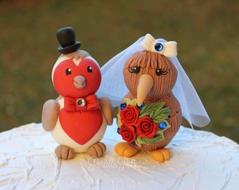 Love bird wedding cake topper, robin bird cake topper, kiwi bird custom cake topper, bride groom figurines with banner