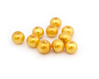 10 yellow pearl beads 8 mm