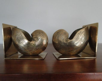 Vintage Brass Shell Flower Pot Bookends / Home Decor / Book Accessories