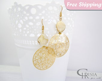 Gold Filigree Earrings, Filigree Earrings, Gold Filigree, Gold Earrings, Mother of Pearl, Pearl Earrings, Statement Earrings, Shell Earrings