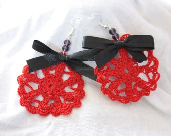 Earrings with bow