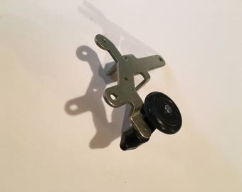 SEARS KENMORE Model 385.12814490 Bobbin Winding Spindle