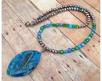 Blue Agate Pendant Necklace, Boho Necklace, Agate Necklace, Stone Necklace, Statement Necklace, Beaded Necklace, Gemstone Necklace