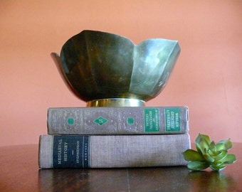 Large Brass Lotus Bowl, Vintage Hollywood Regency, Boho, Zen Decor