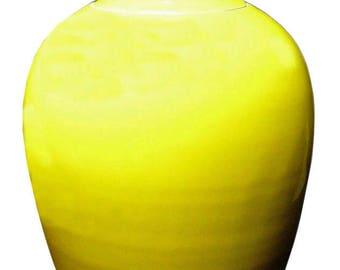 Chinese Handmade Glazed Plain Yellow Porcelain General Jar vs718E