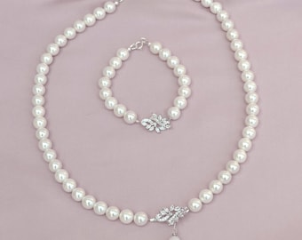 Pearl necklace and bracelet, bridesmaid pearl jewelry, pearl bridal jewelry set