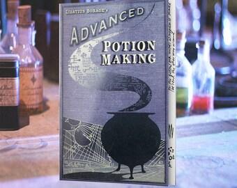 Cahier de potions avancées avec 10 pages recréés