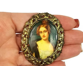 Vintage West Germany Cameo  Portrait Brooch