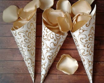 Wedding cones, Confetti cones, petal cones, paper cones, Gold wedding, wedding favors, wedding candy bar, candy cones, Gold cones.