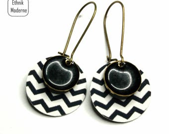 Black and white zigzag pattern earrings