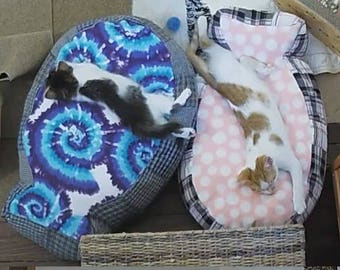 Rectangle or Fish Shaped Cat Bed