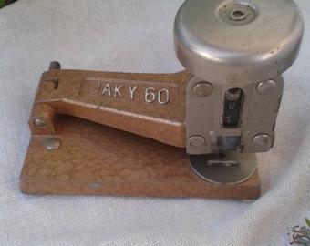 Former stapler Jaky 60 - France Vintage
