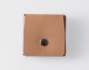Carrée Origami papier lavable porte-monnaie dans Sahara Camel / Vegan Purse