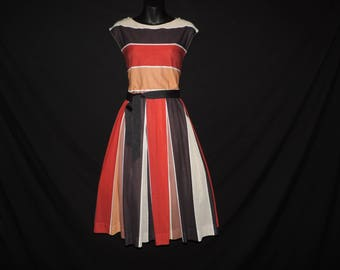 Neiman-Marcus striped dress 1970s autumn stripes fit and flare full skirt dress large
