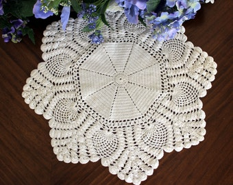 Vintage Pineapple Doily, Crochet White Doilies, Handmade Knit or Crocheted Doily, Vintage Table Linens 13403