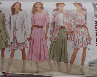 Fast and Easy Sewing Pattern -  Misses/Misses Petite Jacket, Top, Skirt and Shorts - Butterick 6164 - Sizes 12-14, Bust 34 - 36