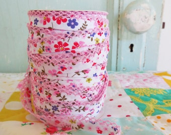 Pink Floral Crochet Edge Double Fold Bias Tape (No. 61). Pink Fabric.  Pink Floral Fabric.  Pink Bias Tape.  Pink and Purple.
