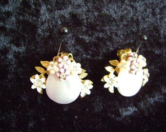 Pink Mother-of-Pearl Earrings (clip-on)