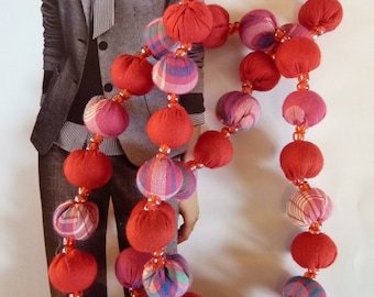 """Necklace """"Leaves"""". Red and pink necklace. Cotton. Handmade necklace I cotton I necklace textile necklace I red fabric"""