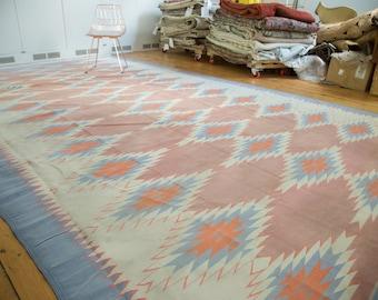 DISCOUNTED 9x16 Vintage Dhurrie Carpet