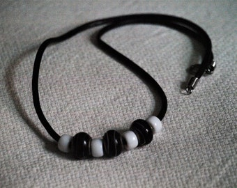 Leather necklace black and white handmade
