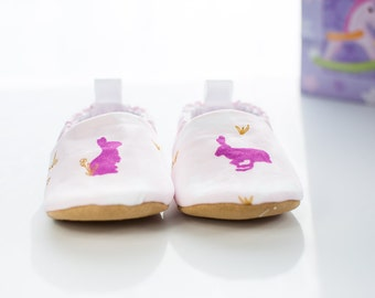 Baby Shoes, Baby Shoes Girl, Baby Moccasins, Baby Booties, Baby Shower Gift, Modern Baby, Toddler Slippers, New Baby Gift, Bunnies