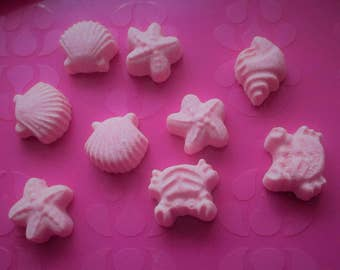 9 Lavender & Rose Mini Bath Bombs - Sea Shore.    gift set