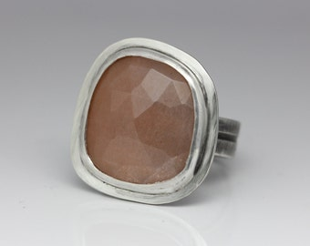 Rose Cut Moonstone Ring, Sterling and Moonstone Ring, Natural Peach Moonstone, Size 8.75