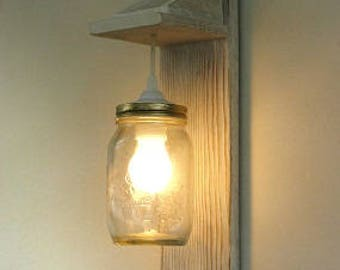 Reclaimed wood sconce, wall lamp Mason Jar lighting