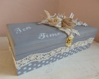 Tea, shabby spirit box