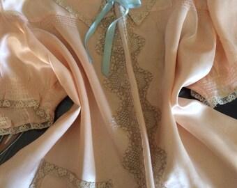 1940's Vintage Pale Peach Rayon Satin Bed Jacket~Ecru Lace~Bridal