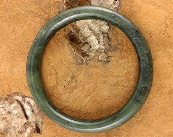 Solid Jade Bracelet - Vintage Round Bangle - Green Stone Bracelet - Asian Jewelry