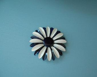 large  vintage enamel  ROYAL BLUE and white flower brooch