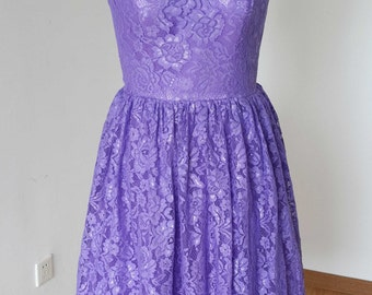 2015 Scoop Bright Purple Lace Short Bridesmaid Dress with Back Buttons