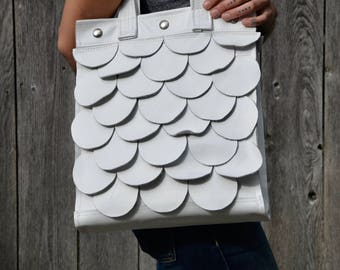 White Leather Tote, White Leather Handbag, Leather Laptop Bag, White Circle Bag, White Leather Purse, White Shoulder Bag, Leather Tote Bag