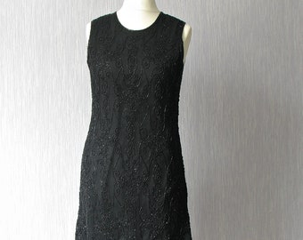 Silk black flapper dress  in the style of the 20s