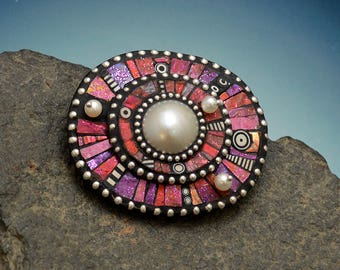 Mabe Pearl Pin brooch pendant necklace circle polymer clay iridescent pink purple red colors sterling silver beads black and white elements