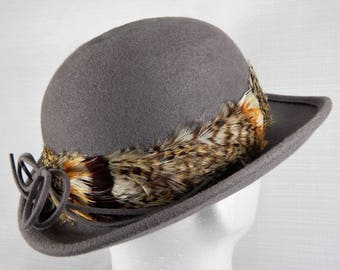 Women's Vintage Wool Felt Bowler Hat Mr John Moderne Gray Doeskin  Sixties Vintage Hat 60's Feathered Hat Womens Made in USA Bowler Hat
