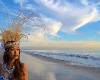 White and natural Tahitian headdress