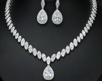 Bridal necklace Etsy
