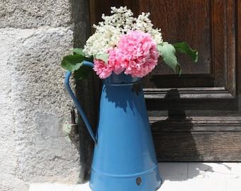 Pichet à eau d'émaillé Vintage Français. Pichet à eau bleu aigue-marine. Pichet rustique Français. Français romantique Shabby Chic