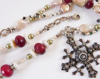 Vintage Mexican sterling silver cross | artisan necklace | ruby quartz | pearl | hallmarked vintage Mexican jewelry | Etruscan style