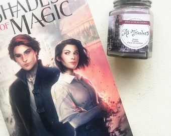 Shades of magic - As limited - literary candle wax soy - Roses, vanilla, cherry blossom.