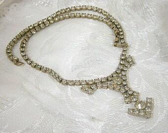 Vintage Halskette Halsreif, klare Strasssteine Anweisung Straßkette, Pfeil Design