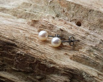 Titanium + White real 3/4/6mm freshwater pearl stud earrings. Hypoallergenic titanium earring posts + titanium stud backings titanium studs