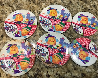 """Vintage Lot of 6 tin """"humpty dumpty"""" dishes."""