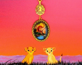 Simba and Nala - love necklace shines under the stars - Lion King