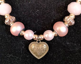 Pretty pink and gold heart necklace